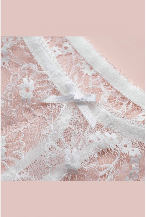 String CATHY dentelle blanche Cadolle