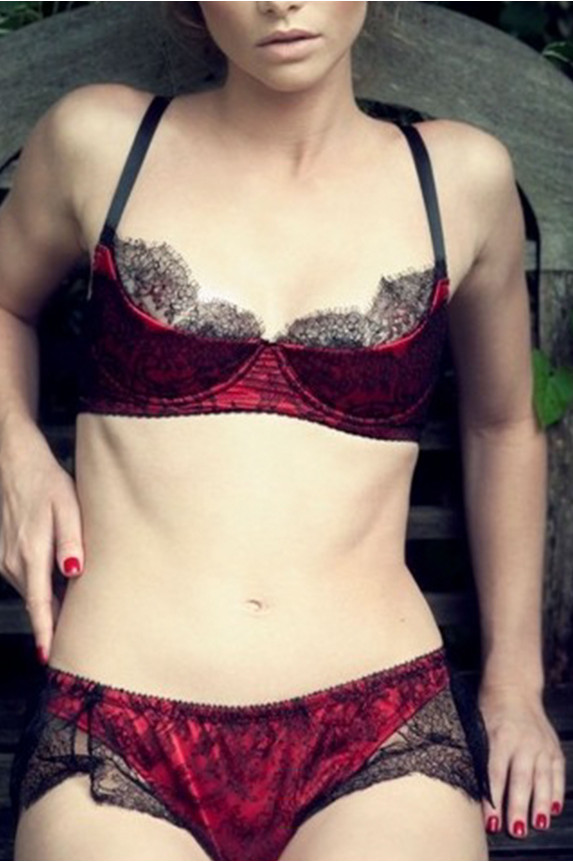 Bra RAMA red satin Cadolle